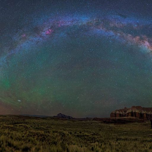 cropped-the-milky-way-over-capitol-reef-national-park-in-utah-20150916.jpg